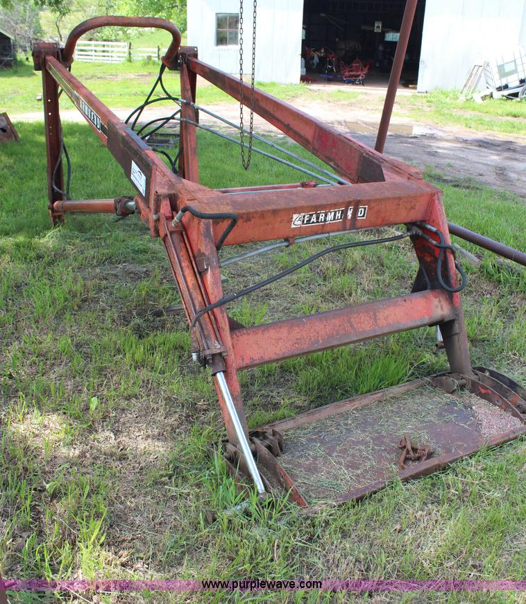 Farmhand F11 loader | no-reserve auction on Wednesday ...
