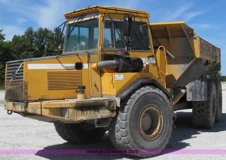 E3991.JPG - 2000 Volvo A25C articulated haul truck , 11,106 hours on meter , Volvo 6 7L six cylinder turbo diese...
