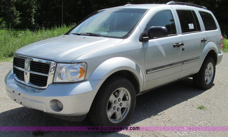 G2006.JPG - 2008 Dodge Durango SLT SUV , 156,347 miles on odometer , 5 7L V8 OHV 16V gas engine , Automatic tran...