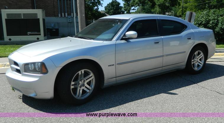 G7886.JPG - 2006 Dodge Charger R/T , 100,801 actual miles , 5 7L V8 OHV 16V gas engine , Automatic transmission ...