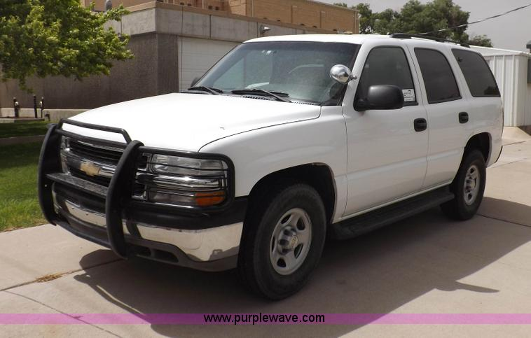 H7022.JPG - 2006 Chevrolet Tahoe SUV , 136,585 miles on odometer , 5 3L V8 OHV 16V FFV gas engine , Automatic tr...
