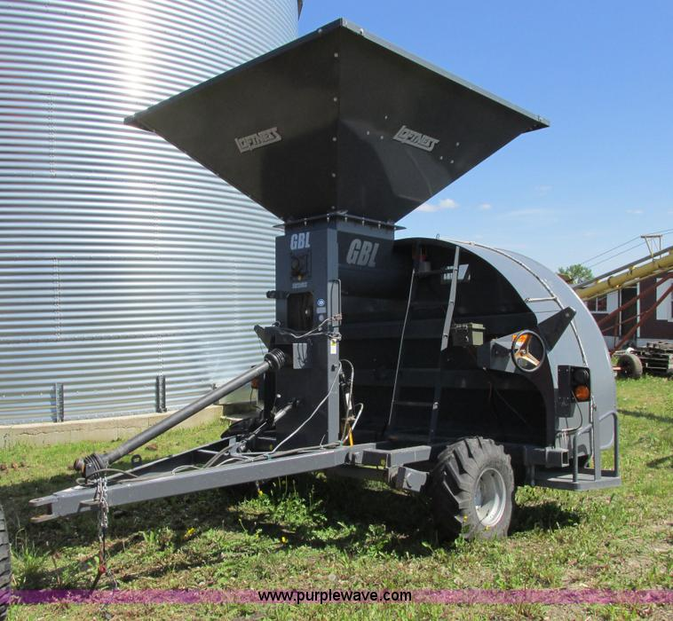 A8554.JPG - 2010 Loftness GBL grain bag loader , Disk brakes , 12 5L 15SL tires , 540 PTO driven , 16 quot fill ...