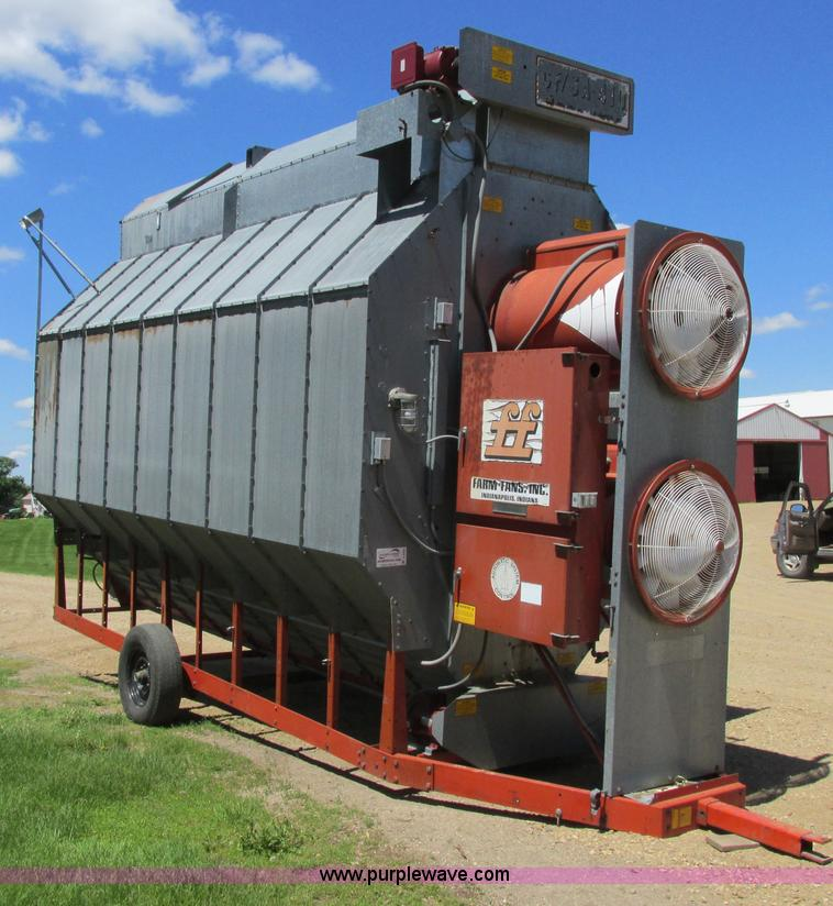 A8559.JPG - Farm Fan CFSA410 continuous flow grain dryer , 3,876 hours on meter , Single phase , 230V , Propane ...