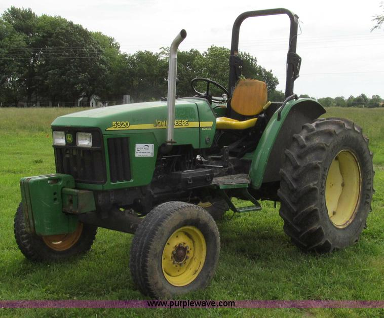 E3993.JPG - 2003 John Deere 5320 tractor , 2,181 total hours , 1,909 hours on one meter , 272 hours on one meter...
