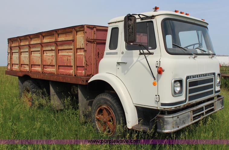 1975 International Cargo Star 1710b Grain Truck No