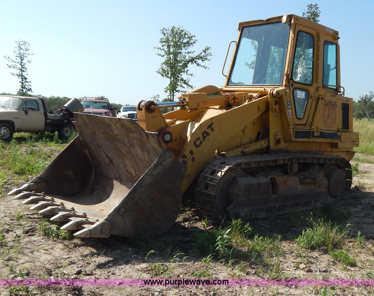 G3262.JPG - 1985 Caterpillar 953 track loader , Approx 500 hours on replacement engine , Inline four cylinder di...