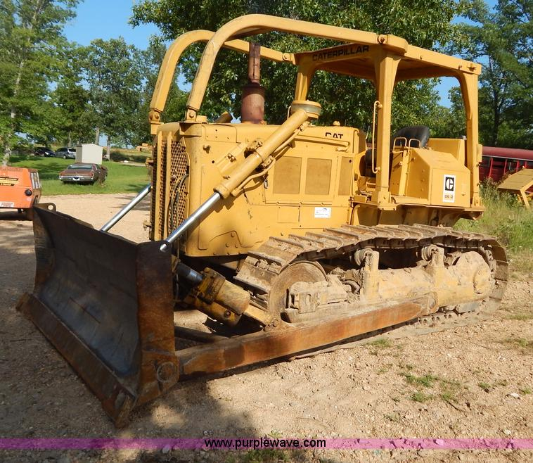 G9500.JPG - 1977 Caterpillar D6D dozer , 5,822 hours on meter , Hour meter inoperable , Caterpillar 3306 diesel ...