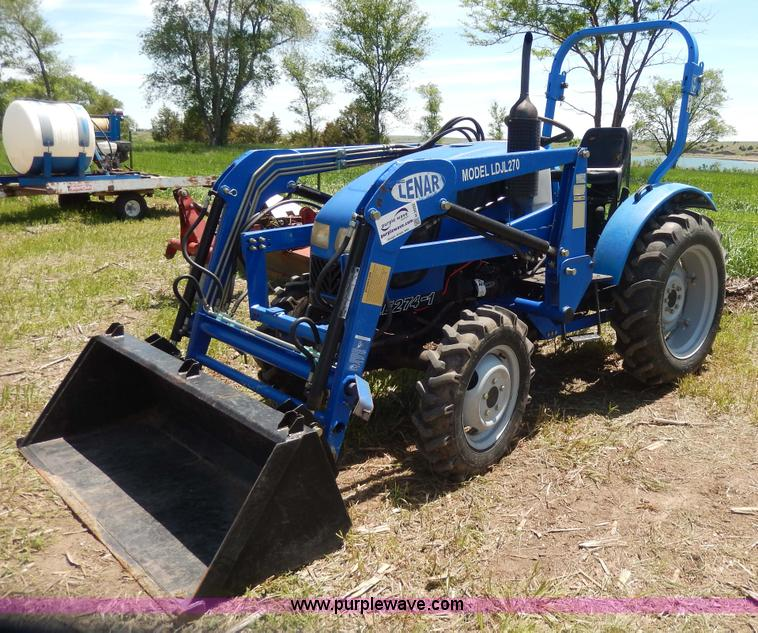 H3092.JPG - 2006 Lenar LE274 1 MFWD tractor , 94 hours on meter , 2005 Jiangling three cylinder diesel engine , ...