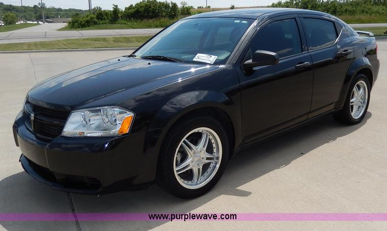 H3039.JPG - 2010 Dodge Avenger SXT , 53,206 miles on odometer , 2 4L L4 DOHC 16V gas engine , Automatic transmis...
