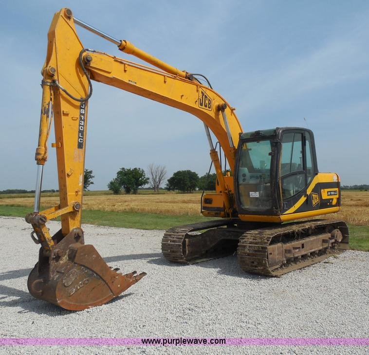 D5974.JPG - 2003 JCB 130LC excavator , 6,894 hours on meter , Isuzu four cylinder turbo diesel engine , 94 HP , ...