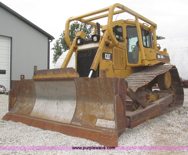 F7023.JPG - 1995 Caterpillar D6H LGP dozer , 6,057 hours on meter , Caterpillar 3306 six cylinder turbo diesel e...