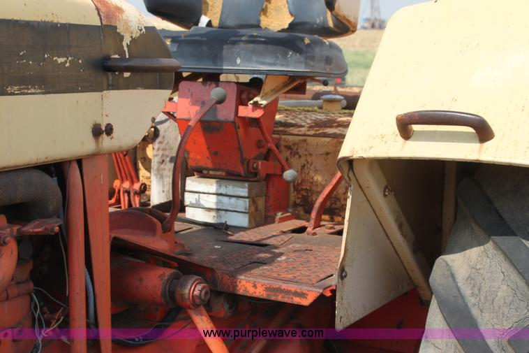 H7409h jpg 1966 case 930 comfort king tractor 3 399 hours on meter
