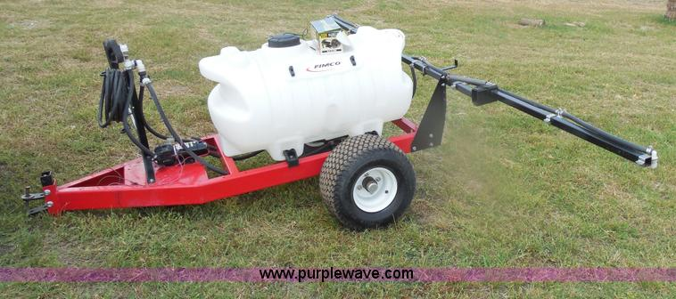F3224.JPG - Fimco 60 gallon trailer sprayer , Diaphragm High Flo 12V pump , Spray gun , 25L hose , 50 8 tires , ...
