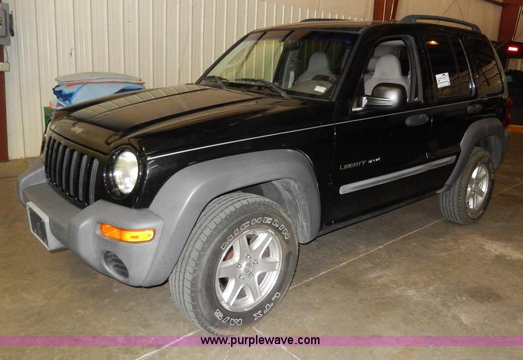 I4480.JPG - 2002 Jeep Liberty Sport SUV , 162,984 miles on odometer , 3 7L V6 SOHC 12V gas engine , Automatic tr...