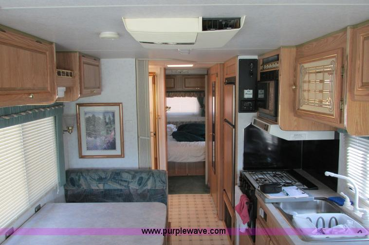 E5176ZZ.JPG - 1997 Georgie Boy MH P30 Pursuit motorhome , 7 4L V8 gas engine , Automatic transmission , AC and hea...