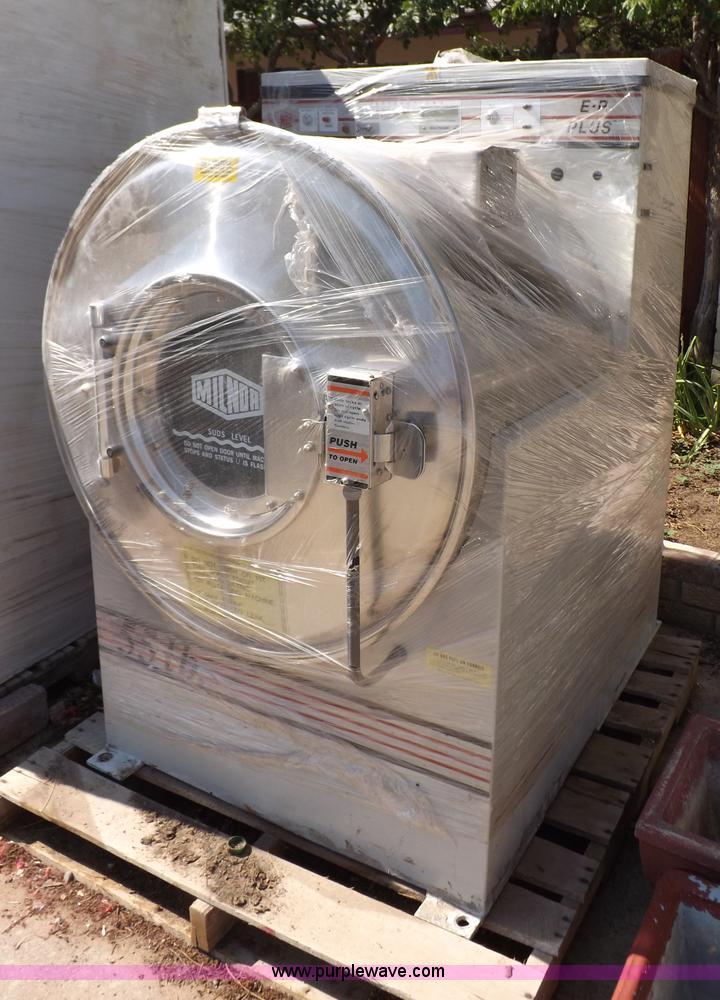 Milnor Washer Machines ~ Pellerin milnor commercial washing machine no