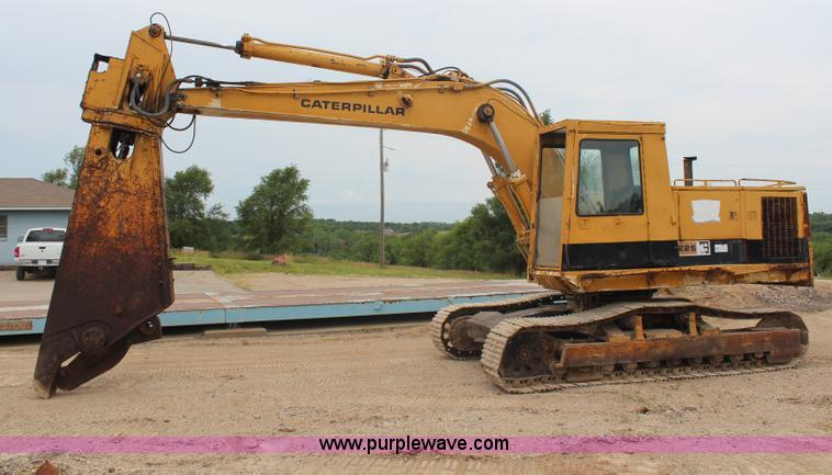 H6704.JPG - 1985 Caterpillar 225 LVC excavator , 2,781 hours on meter , Caterpillar 3304 diesel engine , Serial ...