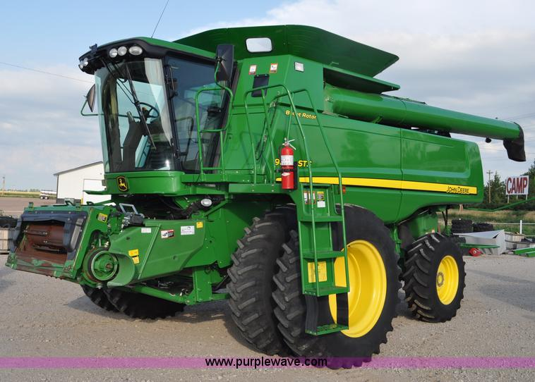 G6129.JPG - 2009 John Deere 9870 STS 2WD combine , 1,297 engine hours on meter , 924 separator hours on meter , ...