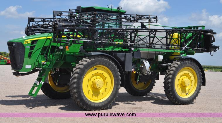 G6133.JPG - 2009 John Deere 4930 self propelled sprayer , 1,164 actual hours , John Deere 6090 9 0L six cylinder...