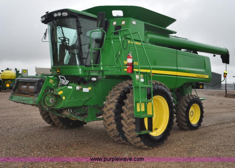 G6141.JPG - 2009 John Deere 9870 STS 2WD combine , 1,326 engine hours on meter , 977 separator hours on meter , ...