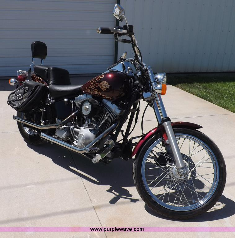 I7663.JPG - 2001 Harley Davidson FXST Softail motorcycle , 28,386 miles on odometer , 1450cc two cylinder gas en...