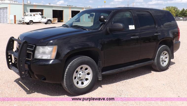 I7677.JPG - 2008 Chevrolet Tahoe Police SUV , 122,048 miles on odometer , 5 3L V8 OHV 16V FFV gas engine , Autom...