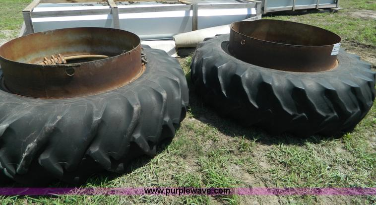 Tractor Dual Tires Handling : Dual tractor tires no reserve auction on