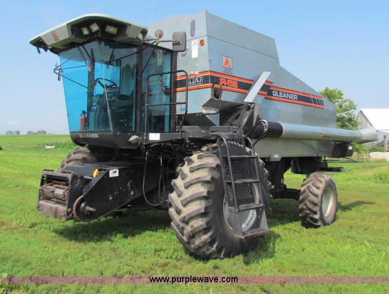G4091.JPG - 1994 AGCO Gleaner R62 combine , 2,808 engine hours on meter , 2,127 separator hours on meter , Six c...