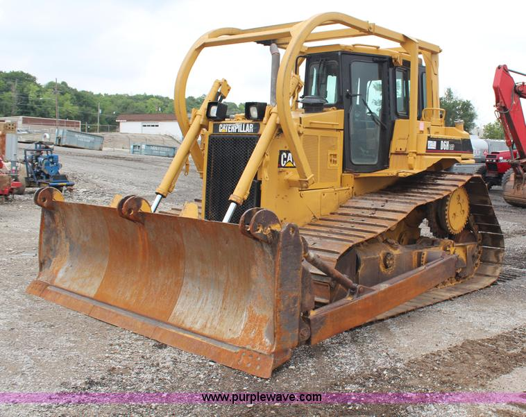 H6743.JPG - 1992 Caterpillar D6H LGP Series II dozer , 3,856 hours on meter , Caterpillar 3306 six cylinder turb...