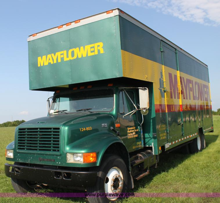 No Reserve Auction On Tuesday May 07: 1994 International 4700 Box Truck