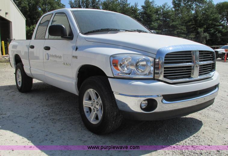 G9226.JPG - 2008 Dodge Ram 1500 SLT Quad Cab pickup truck , 154,495 miles on odometer , 5 7L V8 OHV 16V gas engi...