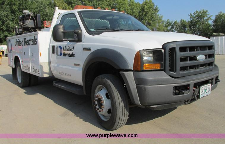 G9245.JPG - 2006 Ford F550 XL Super Duty service truck , 140,253 miles on odometer , 6 0L V8 OHV 32V turbo diese...
