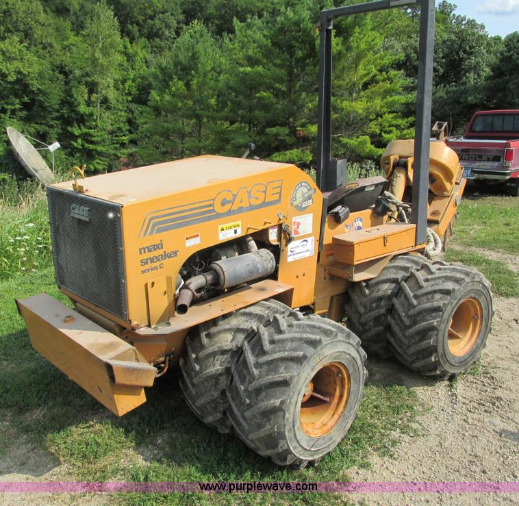 G8996.JPG - 1997 Case Maxi Sneaker C cable plow , 794 actual hours , Kubota four cylinder diesel engine , Model ...