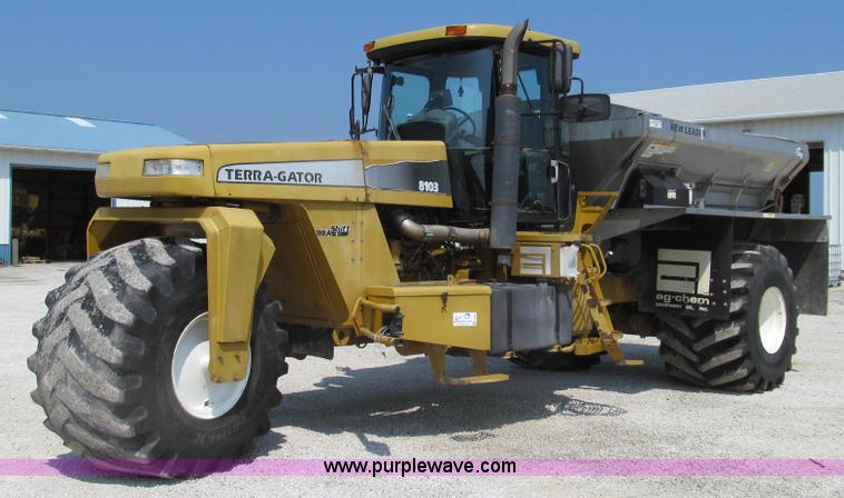G2087.JPG - 1998 Ag Chem TerraGator 8103 dry spreader truck , 74,045 miles on odometer , 6,125 hours on meter , ...