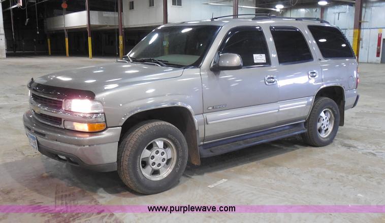 I1484.JPG - 2002 Chevrolet Tahoe SUV , 184,892 actual miles , 5 3L V8 OHV 16V FFV gas engine , Automatic transmi...