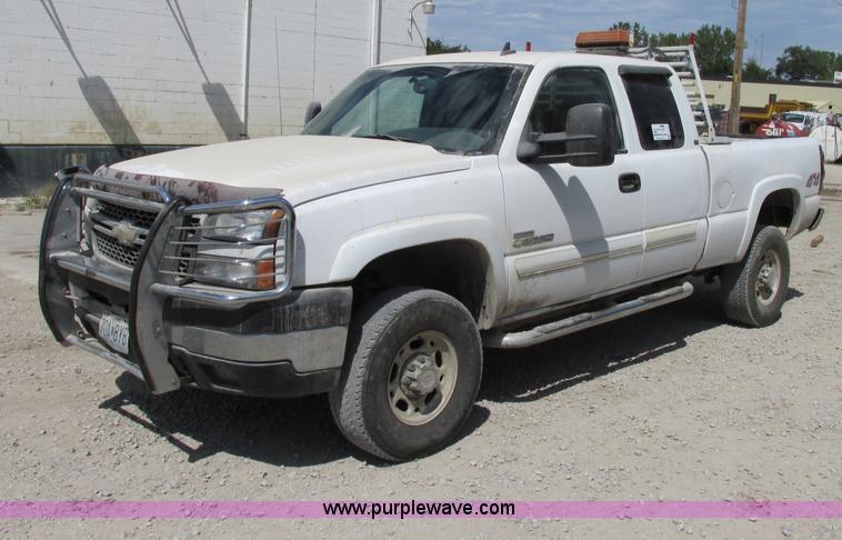 F5235.JPG - 2007 Chevrolet Silverado Classic 2500HD Ext Cab pickup truck , 242,347 miles on odometer , 6 6L V8 O...