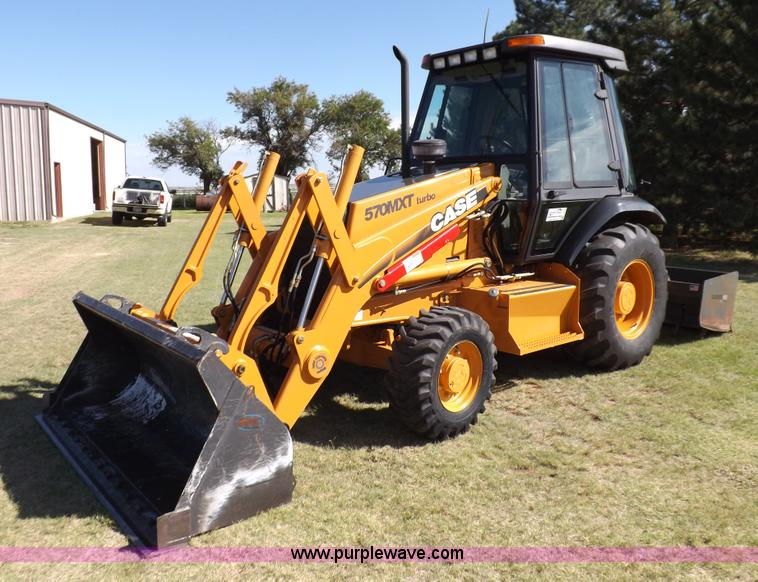 I7618.JPG - 2003 Case 570M XT landscape loader , 792 hours on meter , Case 4T 390 3 9L four cylinder turbo diese...