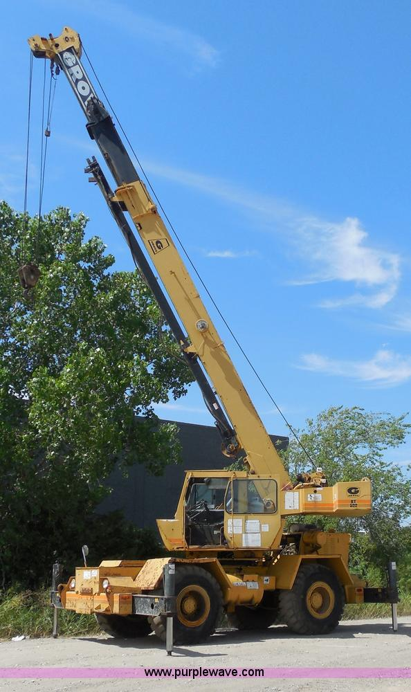 E7703.JPG - 1985 Grove RT522 rough terrain crane , 4,242 hours on meter , Detroit Diesel 4 53N 3 5L diesel engin...