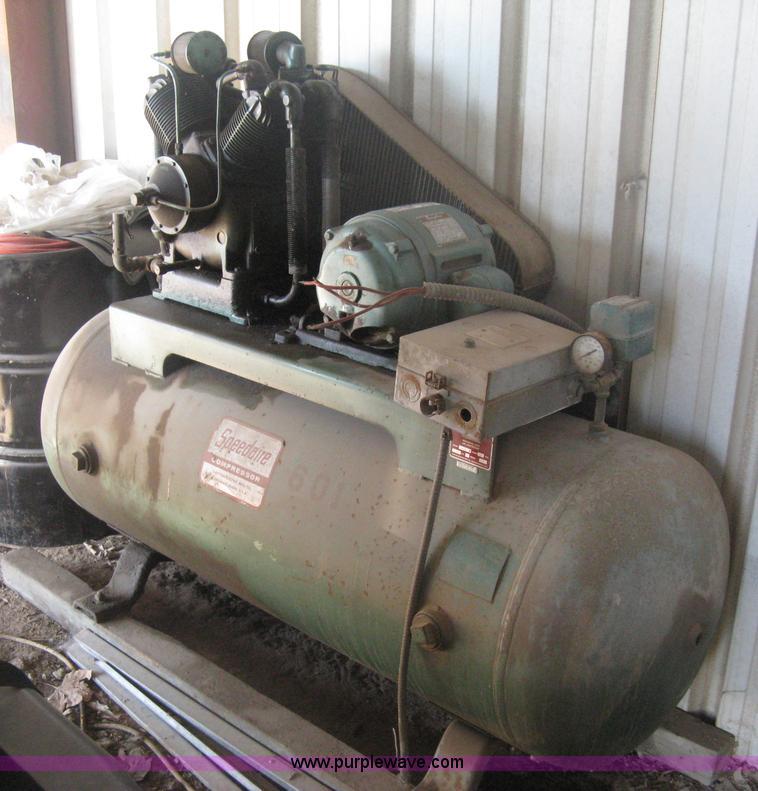 Speedaire 1z937 2 air compressor no reserve auction on for 10 hp compressor motor