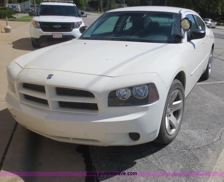 F6662.JPG - 2008 Dodge Charger SE , 100,884 actual miles , 5 7L V8 OHV 16V gas engine , Automatic transmission ,...