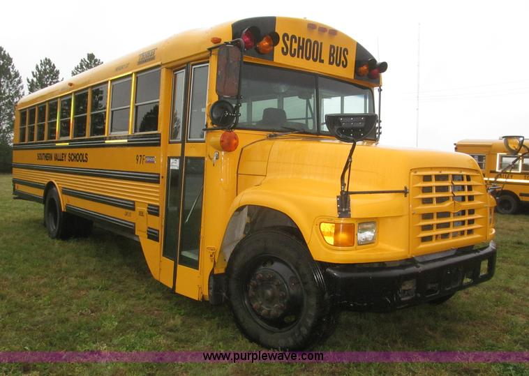 F7123.JPG - 1997 Ford Thomas B800 school bus , 160,226 miles on odometer , Cummins ISB 5 9L L6 diesel engine , F...