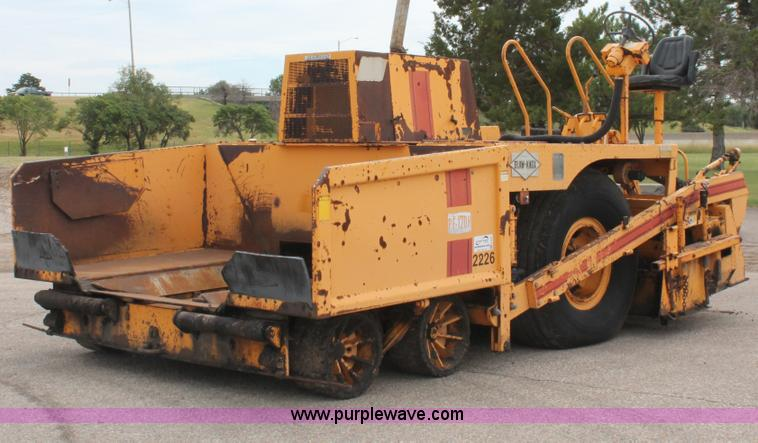 H6361.JPG - Blaw Knox PF 120H paver , 9,931 hours on meter , John Deere four cylinder diesel engine , Model 4276...