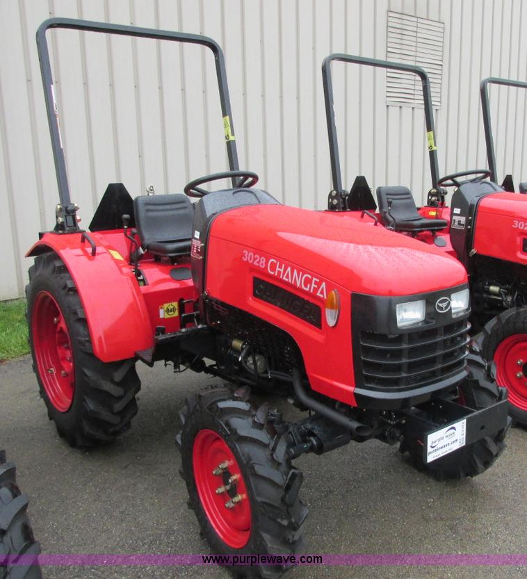 E7372.JPG - 2012 Changfa 3028 MFWD tractor , 8 1 actual hours , Three cylinder direct injection diesel engine , ...