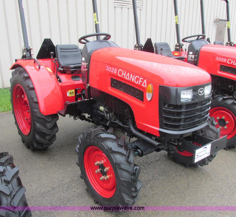 E7373.JPG - 2012 Changfa 3028 MFWD tractor , 1 3 actual hours , Three cylinder direct injection diesel engine , ...