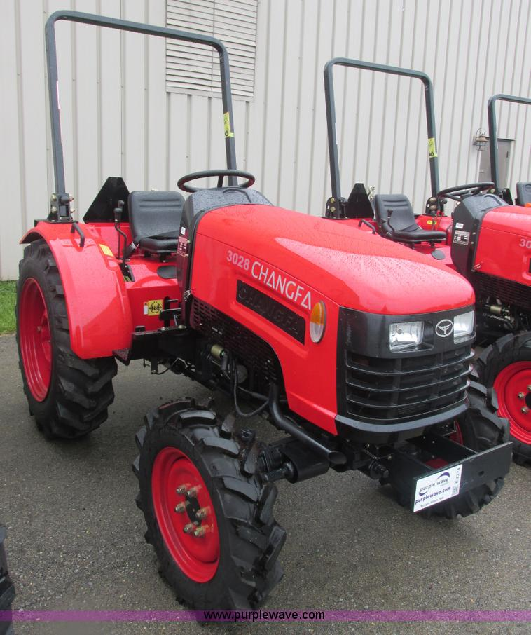 E7374.JPG - 2012 Changfa 3028 MFWD tractor , 1 2 actual hours , Three cylinder direct injection diesel engine , ...