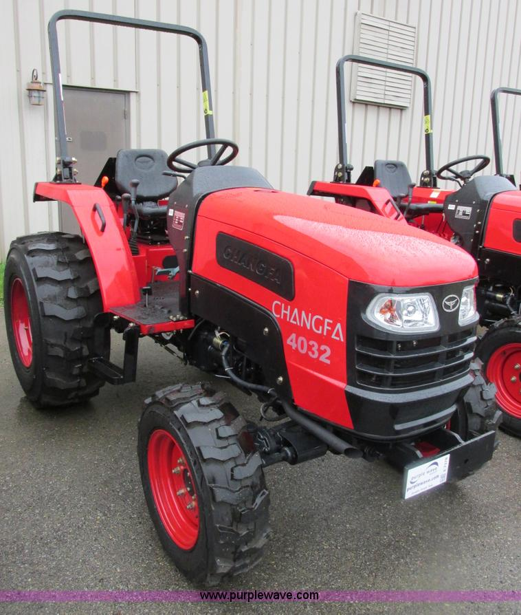 E7378.JPG - 2012 Changfa 4032 MFWD tractor , 1 9 actual hours , Three cylinder direct injection diesel engine , ...