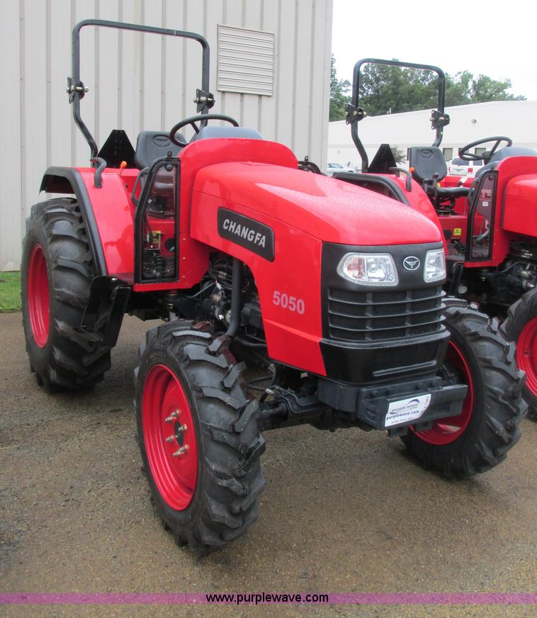 E7383.JPG - 2012 Changfa 5050 MFWD tractor , 2 6 actual hours , Four cylinder direct injection diesel engine , M...