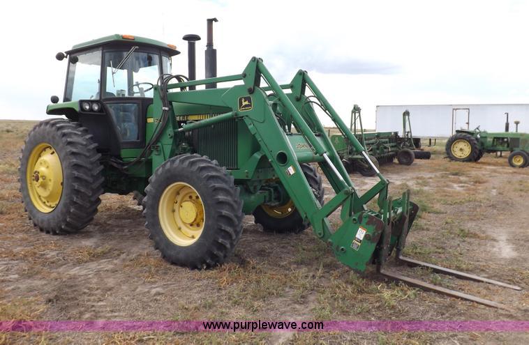 I7556.JPG - 1988 John Deere 4450 MFWD tractor , 6,188 hours on meter , John Deere 6466TR six cylinder diesel eng...