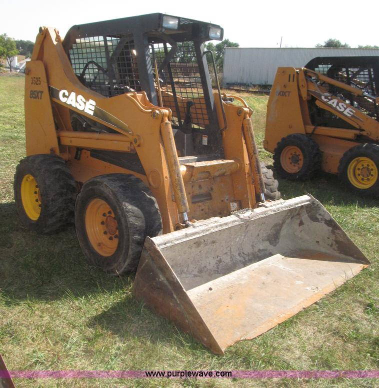F7135.JPG - Case 85XT skid steer , 3,181 hours on meter , Hours may vary, unit is still in use , Case 4 390 3 9L...