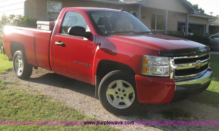 H6341.JPG - 2008 Chevrolet Silverado 1500 LS pickup truck , 51,259 actual miles , 5 3L V8 OHV 16V FFV gas engine...